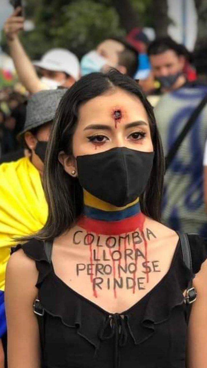 https://misionverdad.com/sites/default/files/colombia%20llora%20pero%20no%20se%20rinde.jpg